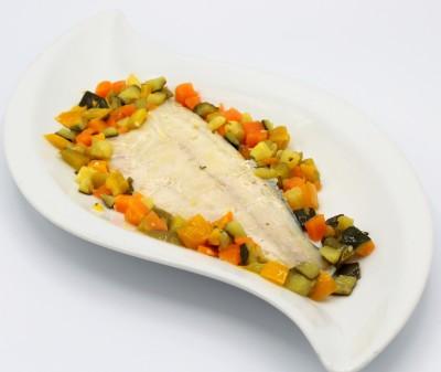 Branzino con verdure croccanti
